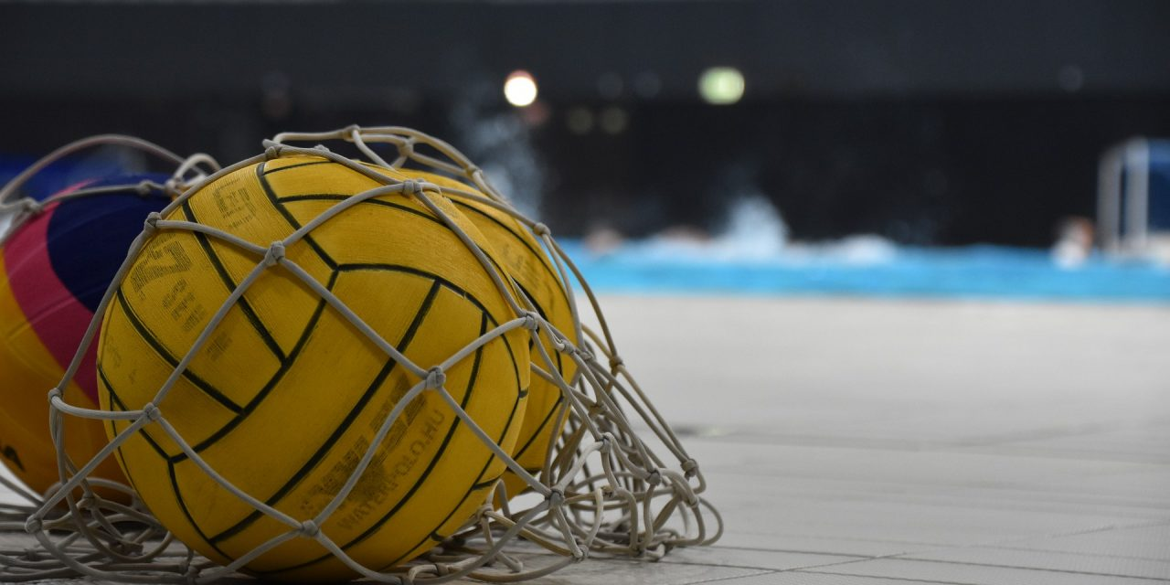 https://www.patriotaquatics.org/wp-content/uploads/2020/09/Pros-and-Cons-of-Water-Polo-1280x640.jpg